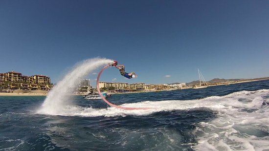 Cabo FlyBoard: Back dive