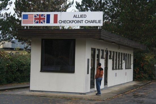 Allied Museum (Alliierten Museum) : Check Point Charlie