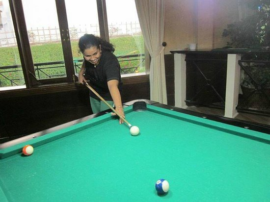 Barracuda Beach Resort: pool table