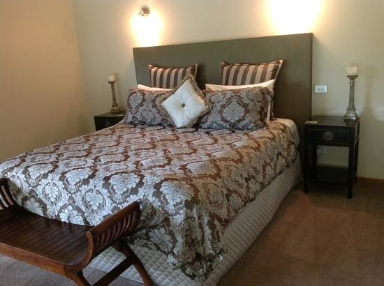 Cedars Mount View: Gorgeous bed