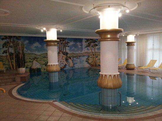 Hotel Residence Tirolensis : Piscina