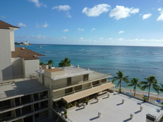 Outrigger Reef Waikiki Beach Resort: View from 9th floor Ocean Tower""