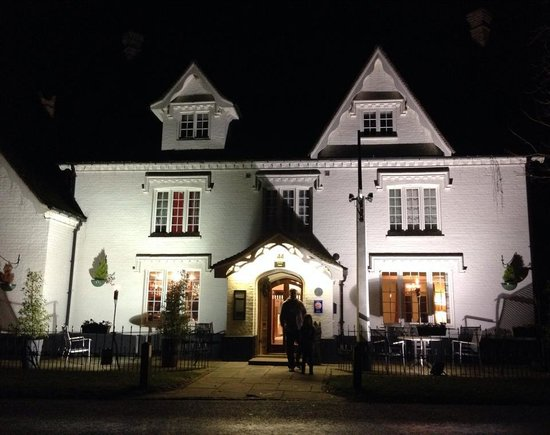 The Kings Head Country Hotel: The Kings Head Hotel, Great Bircham Norfolk