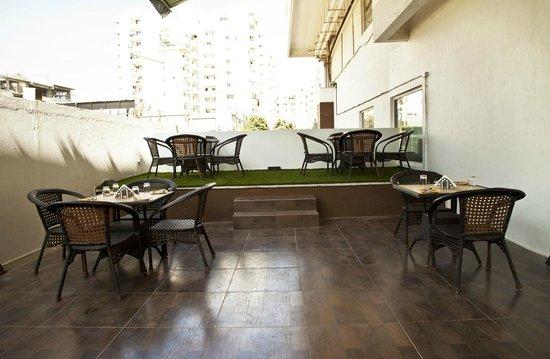 Octave Hotel & Spa, Sarjapur Road: Flavours Restaurant