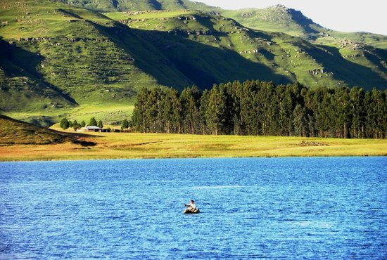 Sani Valley Lodge and Hotel: The loneliness of the long distance angler...