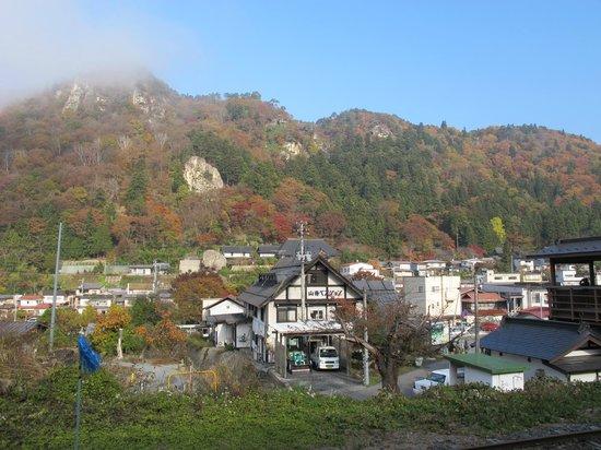 Risshaku-ji Temple: Risshakuji (Yamadera) from Yamadera Eki (station).