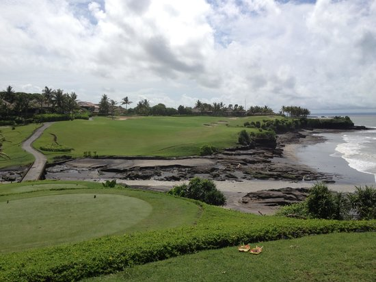 Pan Pacific Nirwana Bali Resort : 13th tee