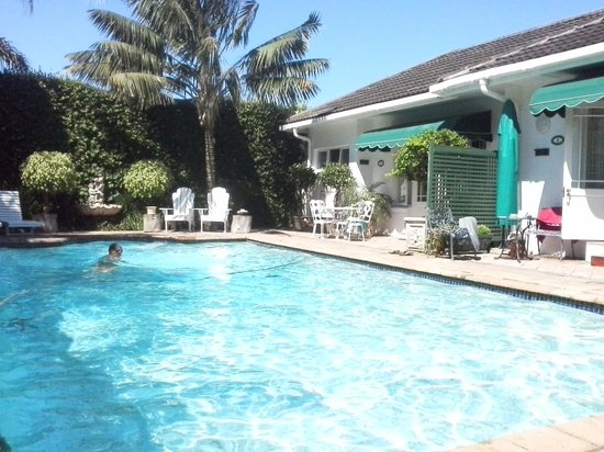 Carslogie House : The pool on your doorstep