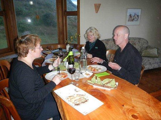 Hukatere Lodge: Beim Essen