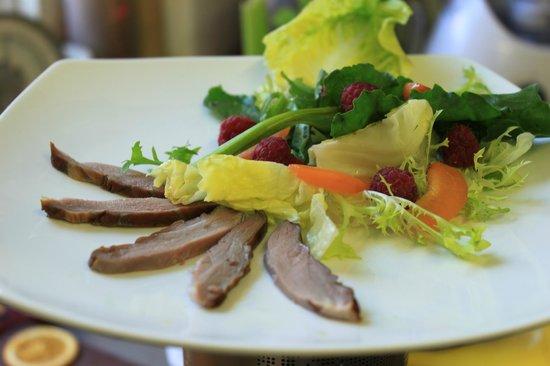 New Farm Restaurant: Smoked Duck Salad