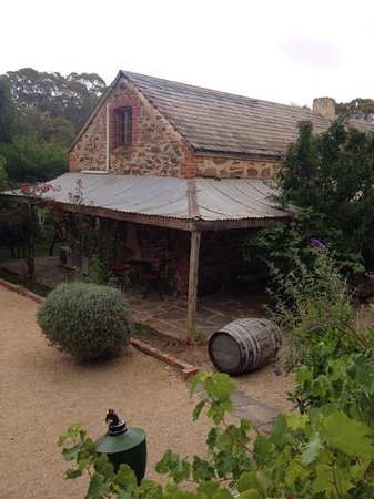 Jacobs Creek Retreat: the accommodation from the 1840's