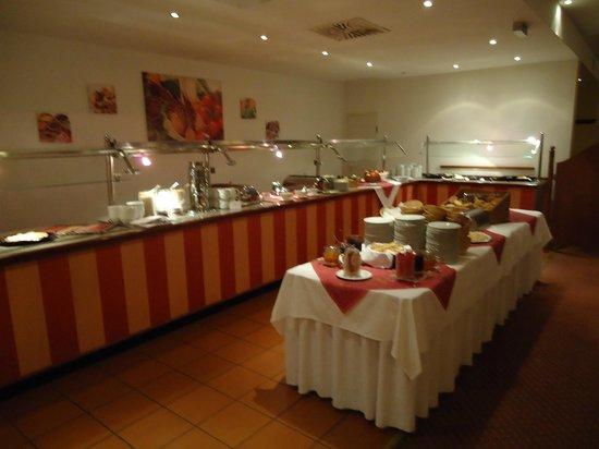 Quality Hotel Dresden West: morgen buffet