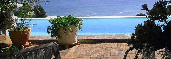Cape Villa : View, pool