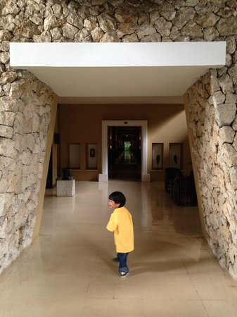 Hotel Novotel Bogor Golf Resort and Convention Center: Lift area to the rooms