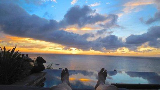 Shangri-La's Boracay Resort & Spa: a gorgeous sunset