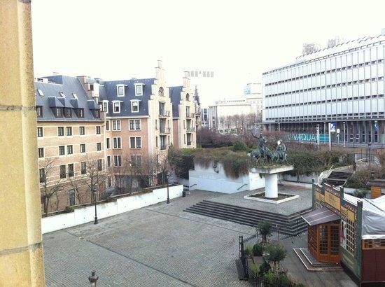 NH Brussels Carrefour De L'Europe : Arka Odaların Manzarası