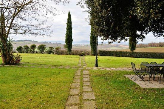 Via Della Stella : Veduta dall'ampio giardino