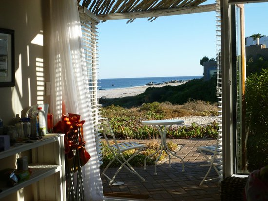 Absolute Beach Accommodation: Room 3 with the patio doors open