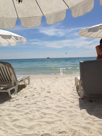 Sai Kaew Beach Resort: Пляж отеля