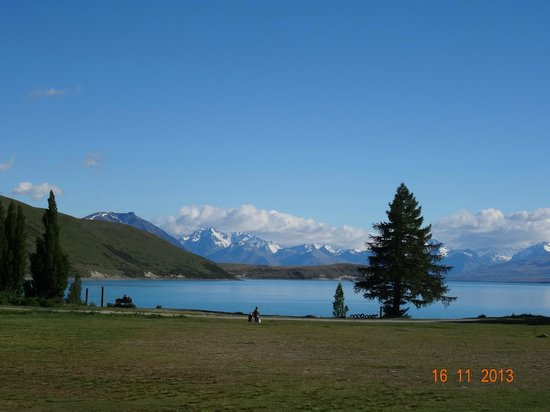 Lake Tekapo Village Motel: This breathtaking view is right in front of my hotel room