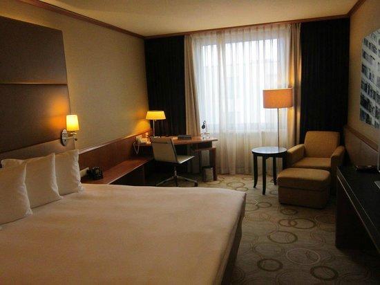 Hilton Prague Old Town : Executive Room 945