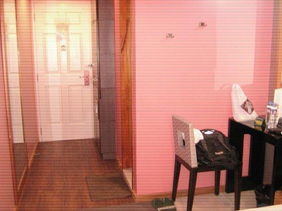 Eurotel Angeles : room