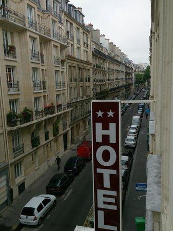 Hotel Paris Legendre: otelin olduğu sokak