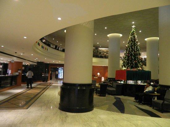 Narai Hotel: hall
