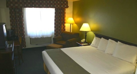 Super 8 McCall : Newly Remodeled Super 8 King Room
