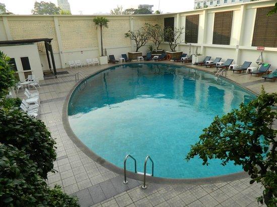 Narai Hotel: piscina albergo