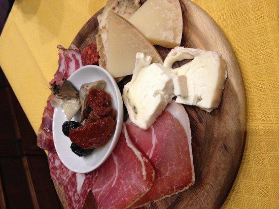 Antica Fiaschetteria del Chianti: Misto salumi e formaggi