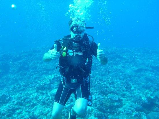 Outrigger Fiji Beach Resort: drive trip