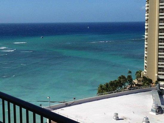 Moana Surfrider, A Westin Resort & Spa: 部屋からの眺め