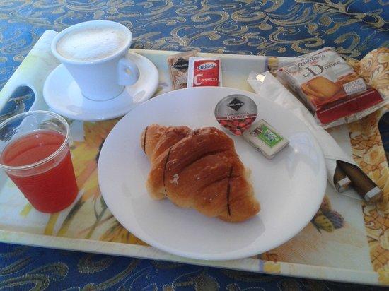 Hotel Ginevra : Colazione in camera