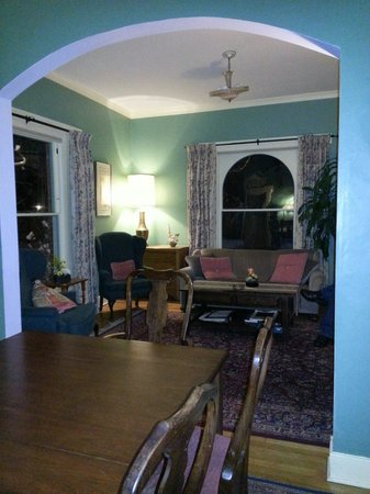 Briar Rose Bed and Breakfast: B&B