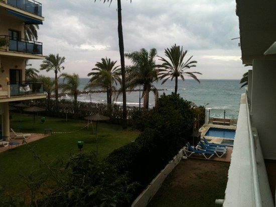 Aparthotel Puerto Azul Marbella: Vista da Varanda