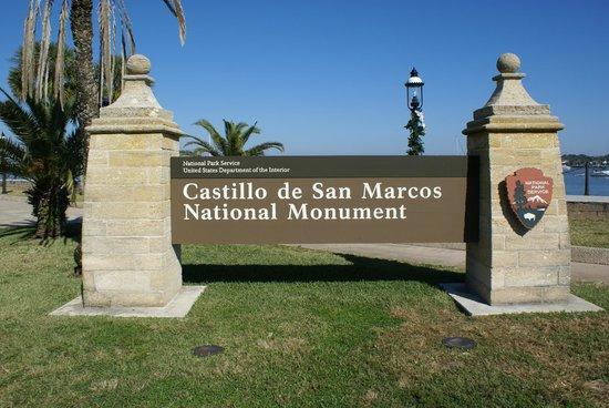 castillo de san marcos Find great deals on ebay for castillo de san marcos shop with confidence.