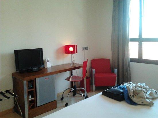 Tryp Zaragoza Hotel: Habitación