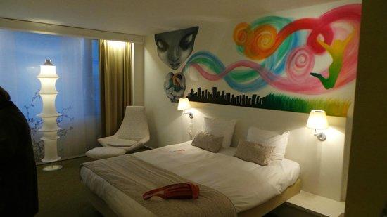 Hotel BLOOM! : la chambre et son decor