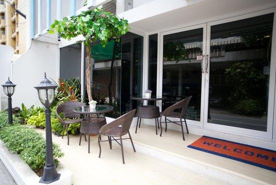 Nantra Ploenchit Hotel : Entrance