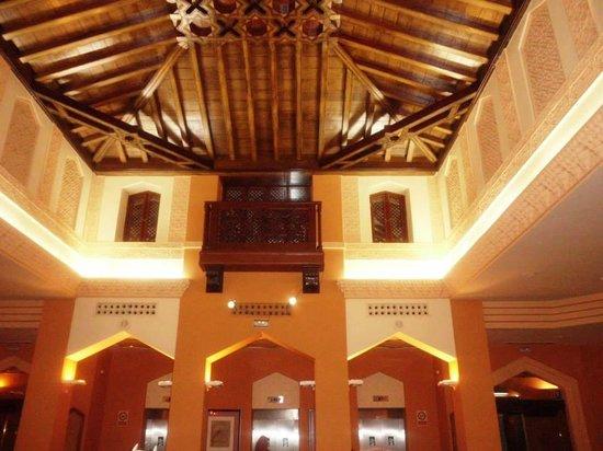 Saray Hotel: recepcion