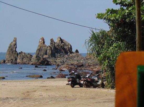 Arambol Residensea: Near by cliff