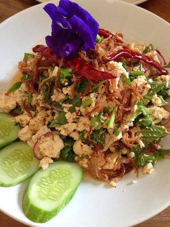 Sweet Sisters Cafe: Tofu laab