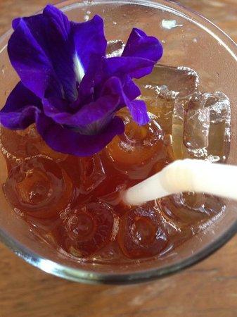 Sweet Sisters Cafe: Tamarind ginger cooler