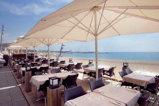Photo of Seafood Restaurant Platja Ca La Nuri at Passeig Marítim De La Barceloneta, 55, Barcelona 08003, Spain
