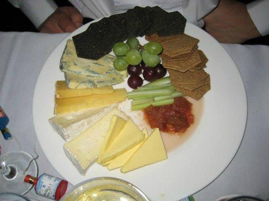 Ashbourne Hotel: food!