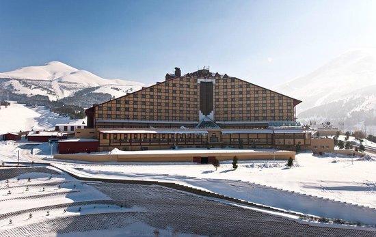 Polat Erzurum Resort Hotel: Havaalanına 15, kent merkezine 7 dakikalık mesafede.