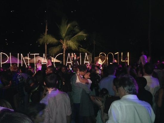 Club Med Punta Cana : GREAT New Years Eve Party