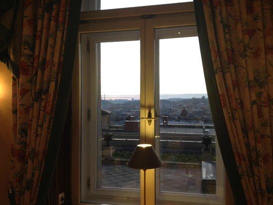 Le Palais Art Hotel Prague: Vista del comedor