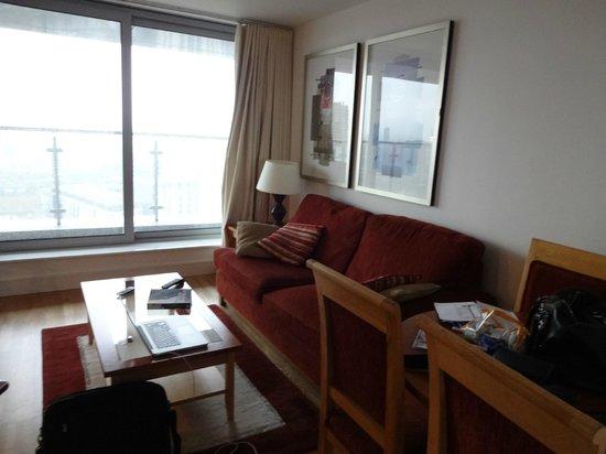 Marlin Apartments Aldgate: Salon
